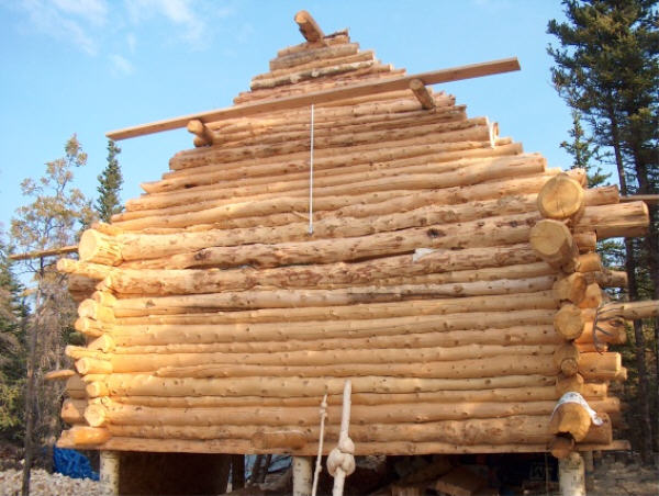 Building A Log Cabin The Gables And The Roof Construction